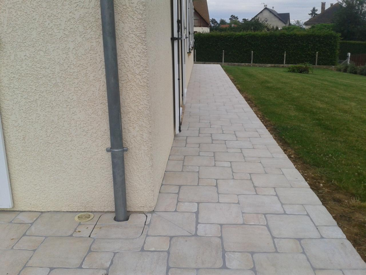 Carrelage ext rieur terrasse all e et trottoir for Pose scellee carrelage