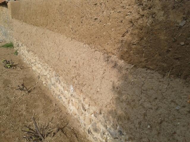 Mur monté en cours de sechage