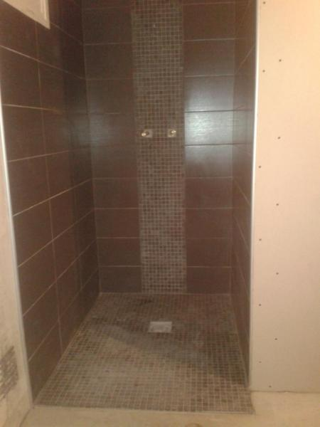 Cr ation d 39 une douche en carreau de pl tre et fa ence for Carreau de faillance