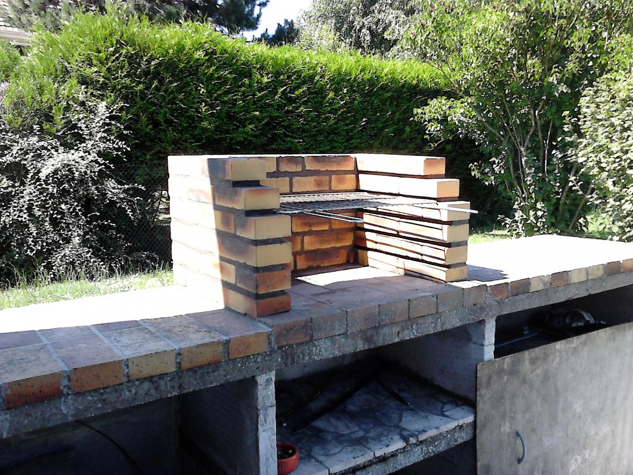 Création d'un foyer de barbecue