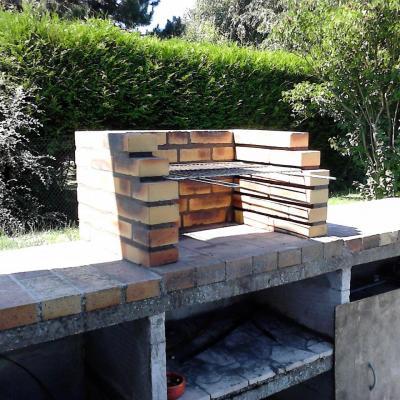 Restauration d'un barbecue maçonné