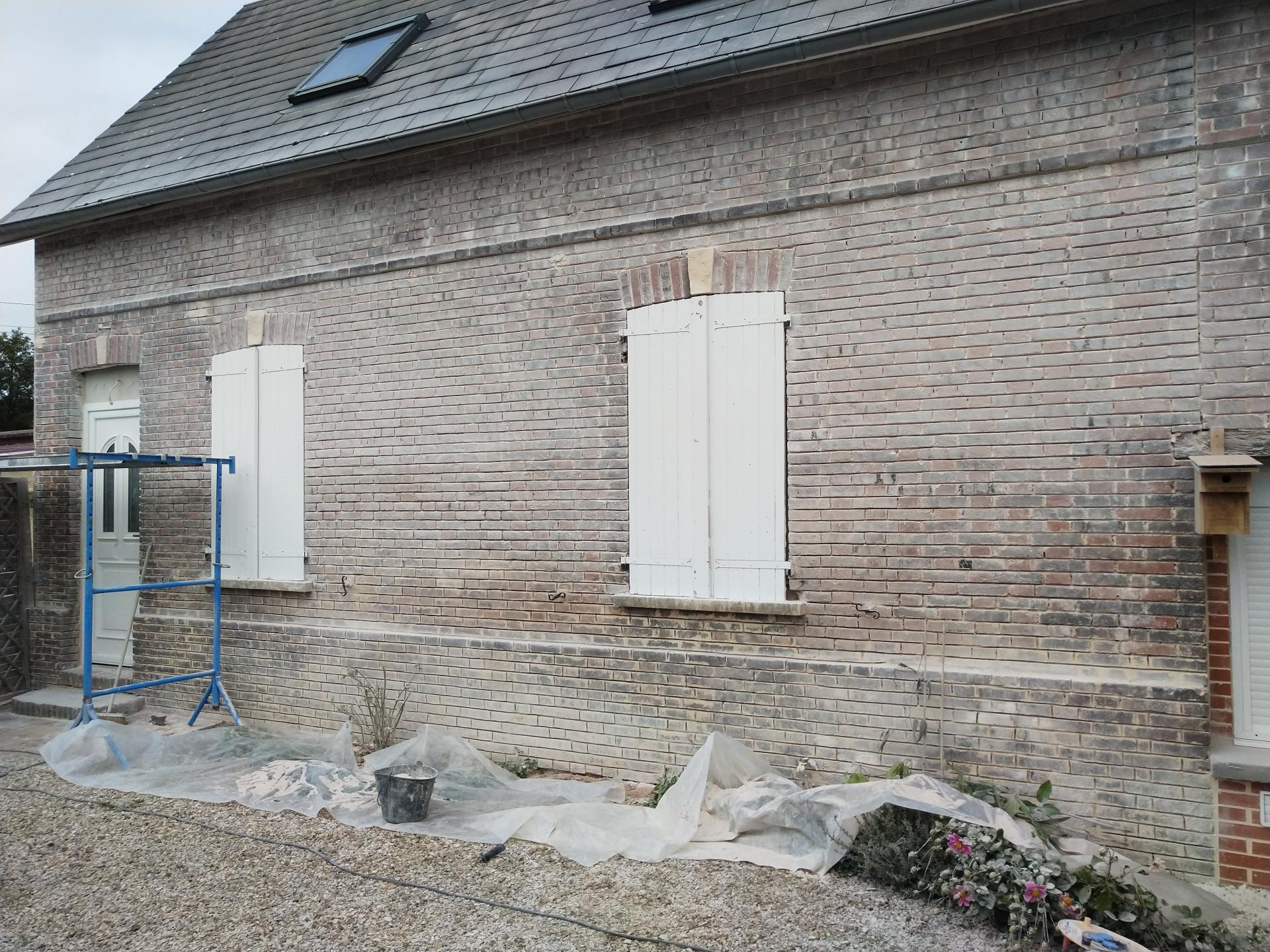 Rénovation: chaux, silex, brique, terre...