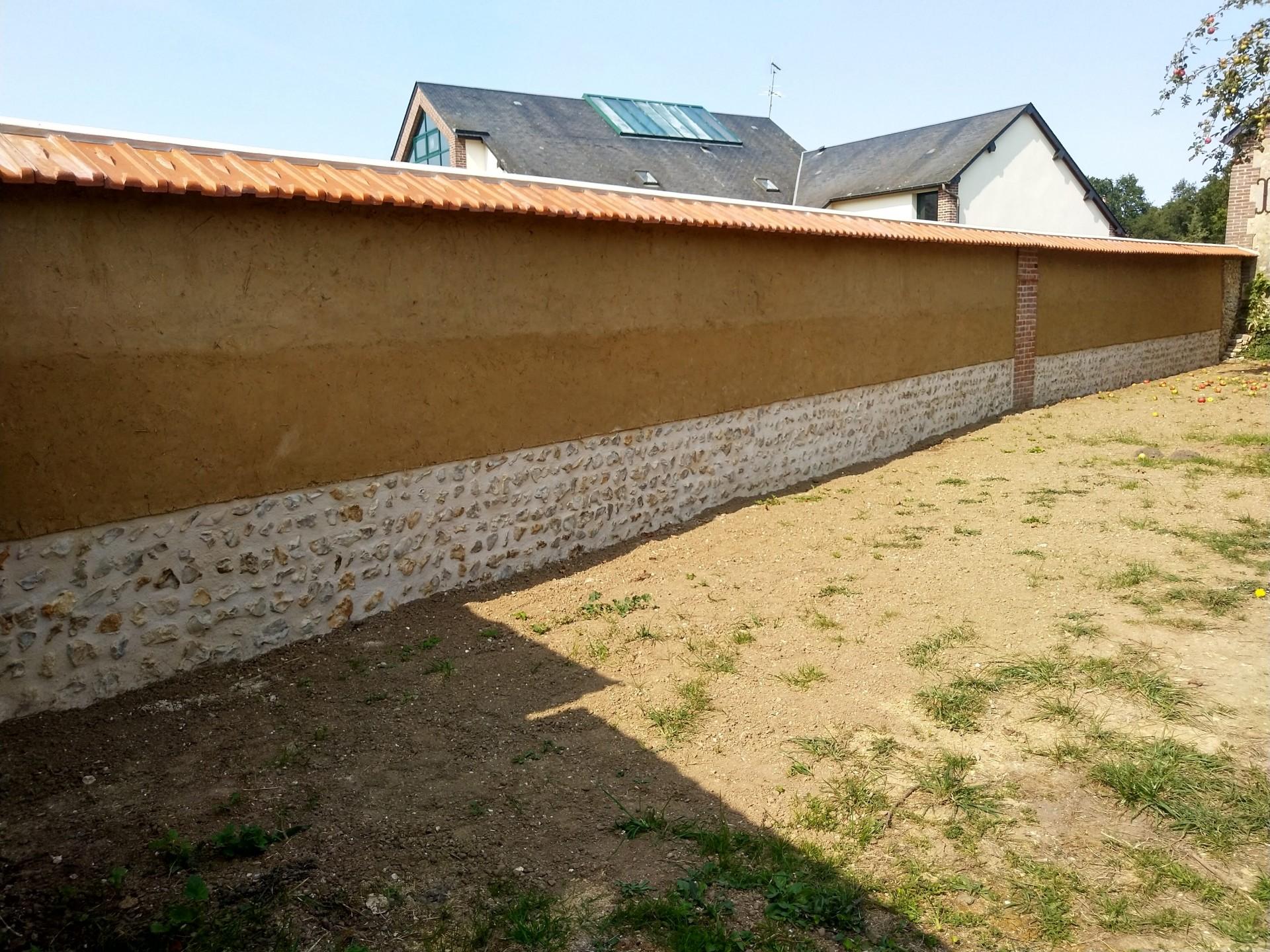 mur couvert et terminé