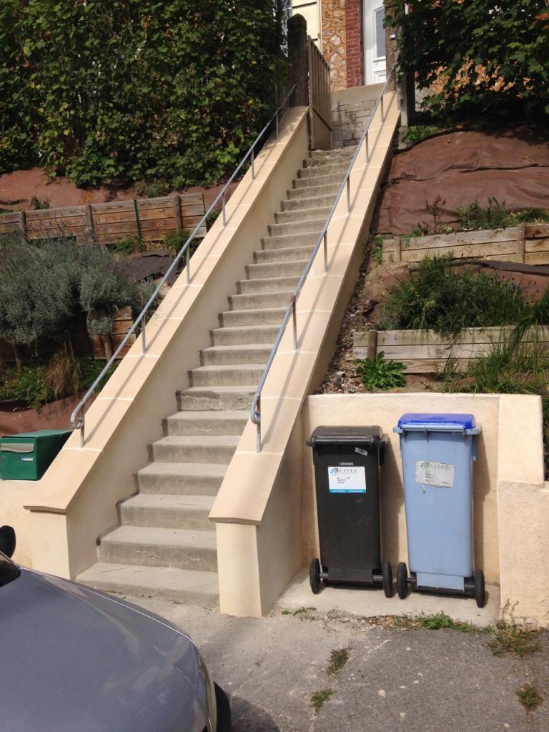 Rénovation des murets d'un escalier extérieur