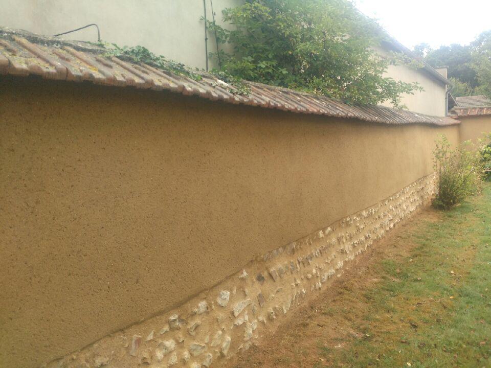 Mur de cour rénové