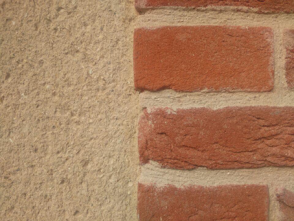 Plaquette de parement en briques moulées à la main